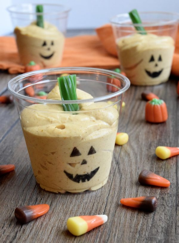 Pumpkin Pudding Cups - A fun recipe the kids can help with and the whole family will enjoy!