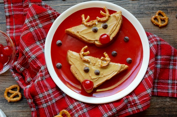 Reindeer Breakfast Treats