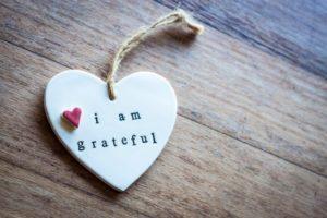 Simple_ways_to_teach_children_gratitude