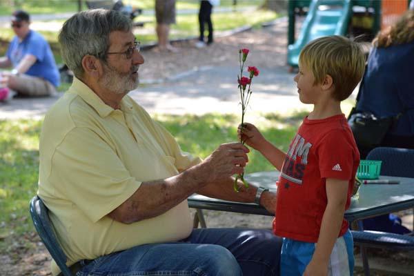 Volunteer Opportunities For Kids in Columbus, OH | Kids Volunteering Ideas | Seeds of Caring | Columbus, Ohio