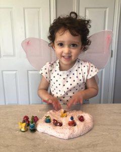 making fairy playdoh